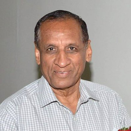 """Governor E S L Narasimhan suffers ankle sprain, but """"perfectly alright"""""""